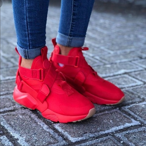 Women Nike Air Huarache city red